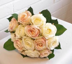 Brudbukett, rundbunden, konstgjorda blommor-4299