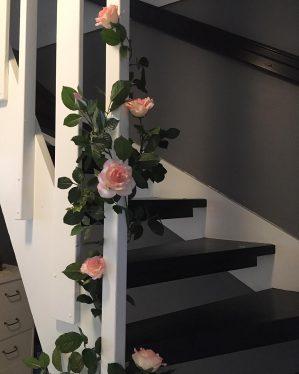 Rosengirlang, konstgjord, rosa vit-0