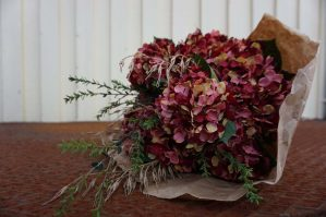 Hortensia, vinröd, konstgjord blomma-6067